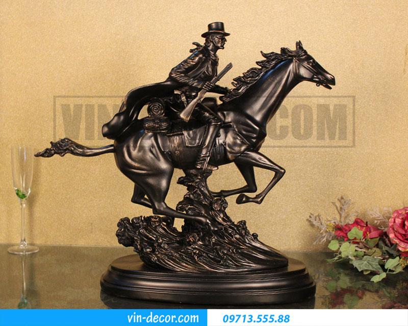 đồ trang trí cao bồi cưỡi ngựa 01